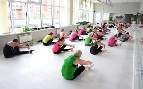 занятия стретчингом в фитнес-клубе Yourfit